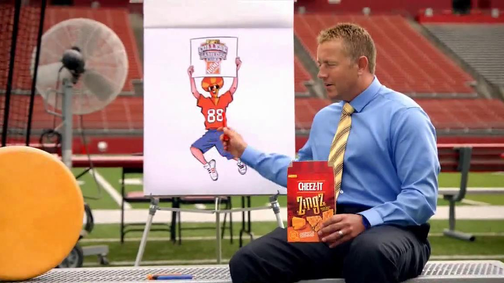 Cheez-It Zingz TV Commercial, 'College Gameday' Featuring Kirk Herbstreit