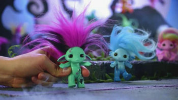 The Zelfs TV Spot, 'Crazy Hair' - Thumbnail 2