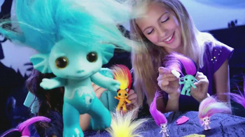 The Zelfs TV Spot, 'Crazy Hair' - Thumbnail 7