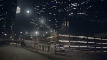 2014 Mitsubishi Outlander Sport TV Spot, 'New Beauty' Song Bobby Caldwell - Thumbnail 3