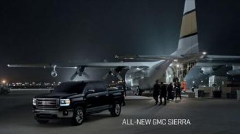 2014 GMC Sierra TV Spot, 'Cargo Planes' - Thumbnail 3