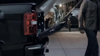 2014 GMC Sierra TV Spot, 'Cargo Planes' - Thumbnail 4