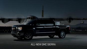 2014 GMC Sierra TV Spot, 'Cargo Planes' - Thumbnail 8