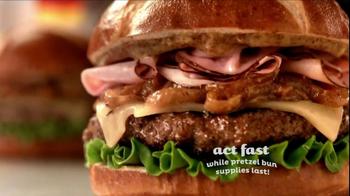 Red Robin Oktoberfest Burger TV Spot - Thumbnail 5