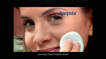 Asepxia Natural Matte Compact Powder TV Spot, 'Toda la noche' [Spanish] - Thumbnail 3