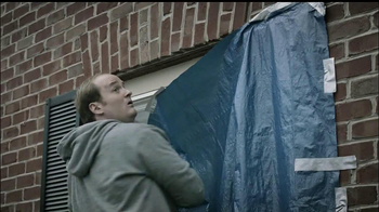 Gorilla Glue TV Spot, 'Fence and Tarp' - Thumbnail 7