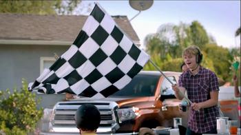 2014 Toyota Tundra TV Spot, 'Car-B-Q' Featuring Kyle Busch - Thumbnail 3