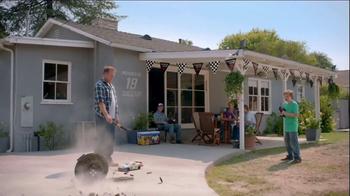 2014 Toyota Tundra TV Spot, 'Car-B-Q' Featuring Kyle Busch - Thumbnail 9