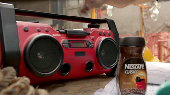 Nescafe Clásico TV Spot, 'Mira Quien Baila' [Spanish] - Thumbnail 3