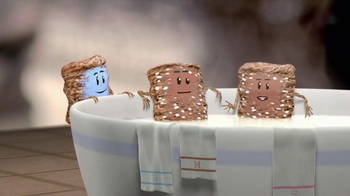 Frosted Mini-Wheats TV Spot, 'Hot or Cold' - Thumbnail 5