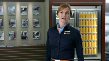 Florida Orange Juice TV Spot, 'Flight Attendant' - Thumbnail 3