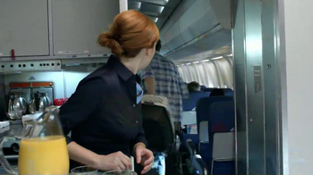 Florida Orange Juice TV Spot, 'Flight Attendant' - Thumbnail 8