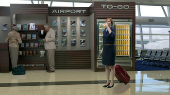 Florida Orange Juice TV Spot, 'Flight Attendant' - Thumbnail 9
