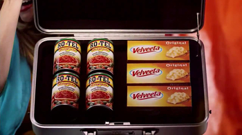Velveeta and Ro-Tel Cheese Dip TV Spot, 'Queso For All' - Thumbnail 2