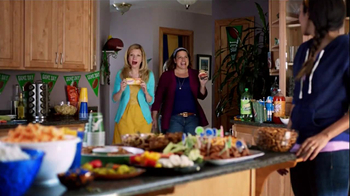 Velveeta and Ro-Tel Queso Dip TV Spot, 'Mmmm' - Thumbnail 8