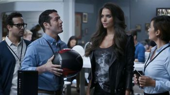 Xfinity Wireless Gateway TV Spot Con Genesis Rodriguez [Spanish] - 66 commercial airings