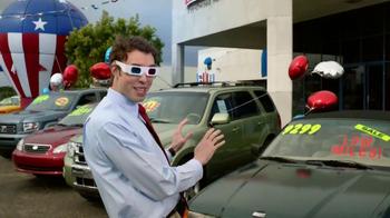 Carfax TV Spot, '3D Glasses' - Thumbnail 8