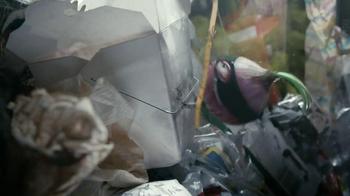 Glad Force Flex with Febreze TV Spot 'Bad Turnip' - Thumbnail 5