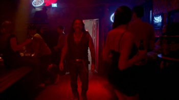 Miller Lite TV Spot Con Danny Trejo [Spanish] - Thumbnail 4