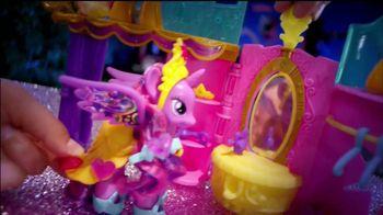 My Little Pony Crystal Princess Palace TV Spot, 'Friendship is Magic' - Thumbnail 6