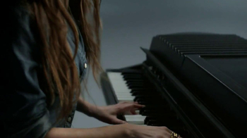 Gap TV Spot, 'Back To Blue' Featuring Alexa Rae Joel - Thumbnail 3