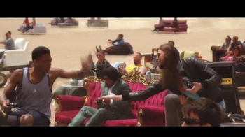 FIFA 14 TV Spot, 'Desert' Featuring Drake - Thumbnail 5