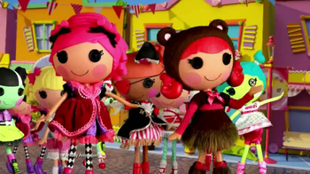 Lalaloopsy TV Spot, 'New Dolls' - Thumbnail 10