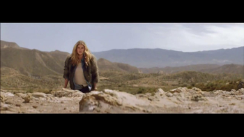 H&M Winter Collection TV Spot Feat. Doutzen Kroes, Song by Tears for Fears - Thumbnail 7