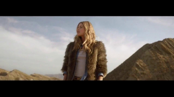 H&M Winter Collection TV Spot Feat. Doutzen Kroes, Song by Tears for Fears - Thumbnail 8