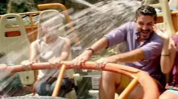 Disney World TV Spot, 'Tu Lado' [Spanish] - Thumbnail 3