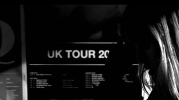 Burberry Brit Rhythm TV Spot, 'On Stage' - Thumbnail 4