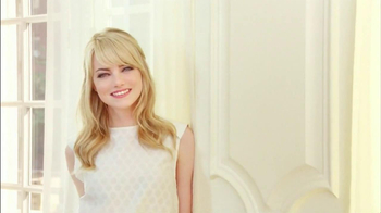 Revlon BB Cream TV Spot Featuring Emma Stone - Thumbnail 3