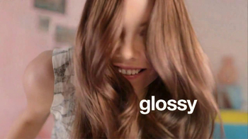 L'Oreal Healthy Look TV Spot, 'Give It a Color Boost' - Thumbnail 6