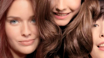 L'Oreal Healthy Look TV Spot, 'Give It a Color Boost' - Thumbnail 9