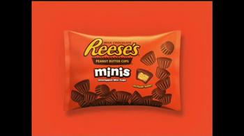 Reese's Minis TV Spot, 'Pop' - Thumbnail 10
