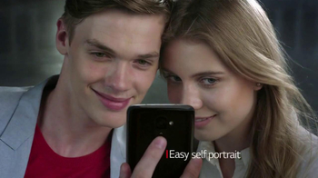 LG G2 TV Spot, 'Index Finger' - Thumbnail 7