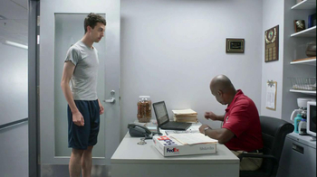 FedEx Delivery Manager TV Spot, '6th String Quarterback' - Thumbnail 3