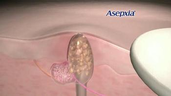 Asepxia Natural Matte Compact Powder TV Spot, 'La foto' [Spanish] - Thumbnail 5
