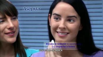 Asepxia Natural Matte Compact Powder TV Spot, 'La foto' [Spanish] - Thumbnail 6
