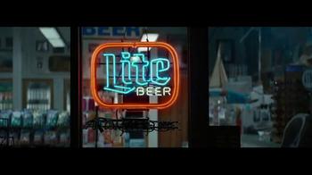 Miller Lite TV Spot, 'Karaoke' - Thumbnail 10