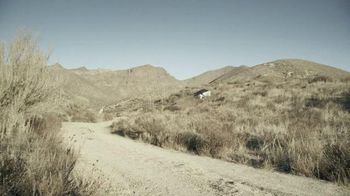 2015 Smart Electric Drive Coupe TV Spot, 'Offroading' - Thumbnail 4