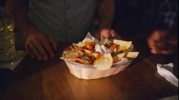 Taco Bell Grilled Stuft Nacho TV Spot, 'Sharing Sucks' - Thumbnail 1