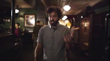 Taco Bell Grilled Stuft Nacho TV Spot, 'Sharing Sucks' - Thumbnail 6