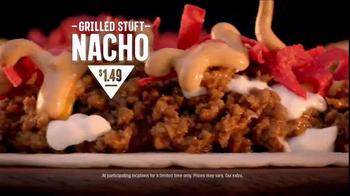 Taco Bell Grilled Stuft Nacho TV Spot, 'Sharing Sucks' - Thumbnail 9