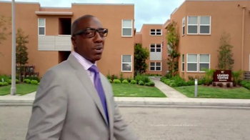 Rent.com TV Spot, 'J.B. Smoove Showcase Totally Legit Apartments' - Thumbnail 2