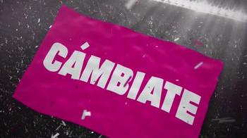 T-Mobile TV Spot, 'Golazo' [Spanish] - Thumbnail 8
