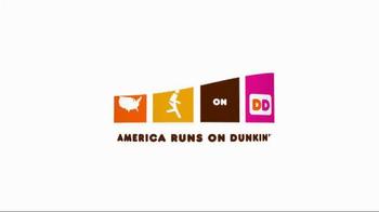 Dunkin' Donuts Pretzel Roll Breakfast Sandwiches TV Spot, 'Game Changer' - Thumbnail 9