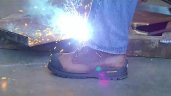 SKECHERS Work Footwear TV Spot, 'Calzado de protección' [Spanish] - Thumbnail 10