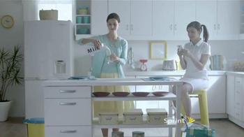 Sprint TV Spot, 'Leche como el dinero' [Spanish]