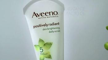 Aveeno Positively Radiant TV Spot, 'Luminoso' Con Jennifer Aniston[Spanish] - Thumbnail 3